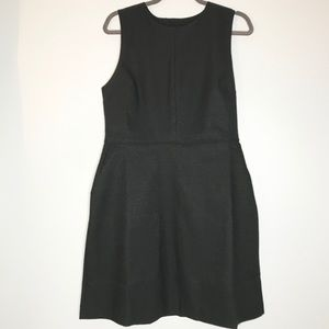 NWT Gap structured fit and flare dress in black